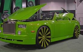 """Chrysler 300 """"nhái"""" Rolls-Royce Phantom xấu kinh hoàng"""