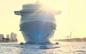 """Fiat 500 """"lướt sóng"""" để hộ tống du thuyền"""