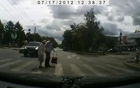 Tổng hợp những hành động đẹp của người tham gia giao thông
