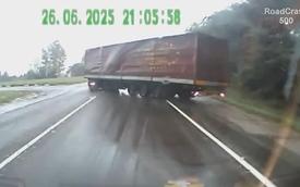 Những màn drift xe tải cực kỳ ấn tượng