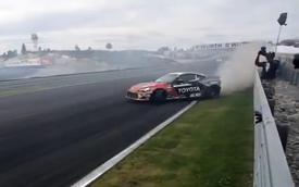 Cận cảnh pha drift ở tốc độ 220 km/h