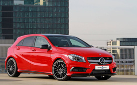 Mercedes-Benz A 45 AMG mạnh mẽ hơn qua bàn tay của Posaidon