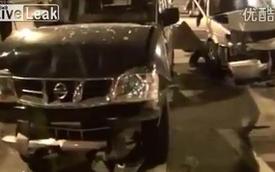 Cướp xe đâm cảnh sát, tội phạm bị bắn chết tại chỗ