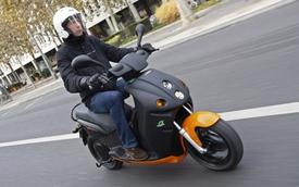 Scooter E-Max - Xu thế mới tại châu Âu