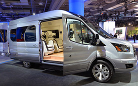 Ford Transit Skyliner: Sang trọng, tiện nghi và hiện đại