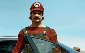 """""""Biểu tượng"""" Mario bất ngờ xuất hiện cùng """"Mẹc"""" GLA 45 AMG"""