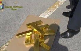 Video: Tìm thấy vàng trị giá 6 triệu Đô la Mỹ trong xe hơi