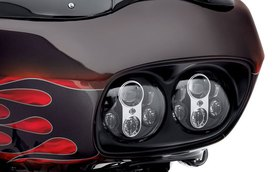 Daymaker - Đèn pha mới cho xế nổ Harley-Davidson