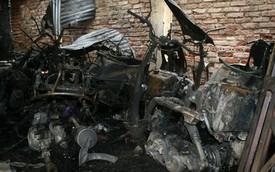 30 xe máy bốc cháy tại khu tập thể