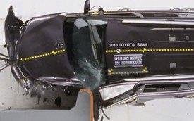 Dù được cải tiến, Toyota RAV4 2013 vẫn kém an toàn