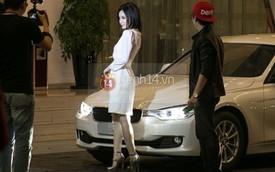 Angela Phương Trinh đi bấm biển cho xe tiền tỷ mới