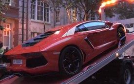 """Lamborghini Aventador lại bị cảnh sát """"mời về đồn"""""""