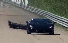 Lamborghini Gallardo rơi cản va ở vận tốc gần 300 km/h