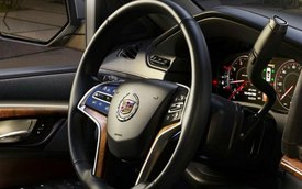 Cadillac hé lộ nội thất của Escalade 2015
