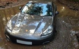 Hậu vệ Liverpool bỏ rơi xế sang Porsche Panamera trong bùn