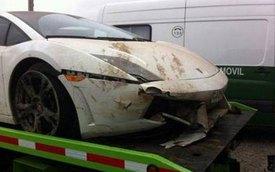 Cầu thủ bóng đá phá siêu xe Lamborghini đi mượn