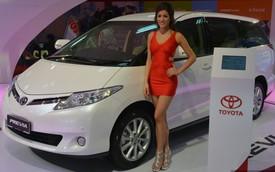 Cận cảnh Toyota Previa dùng máy Camry cũ cho Đông Nam Á