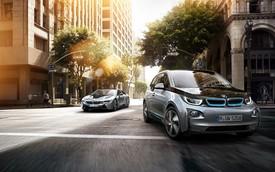 """BMW i3 và i8 bắt khách chờ """"dài cổ"""""""
