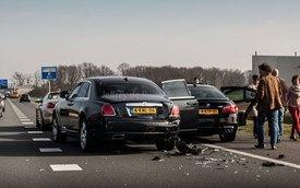 BMW M5 húc đuôi Rolls-Royce Ghost ở vận tốc 100 km/h
