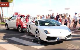Siêu xe Lamborghini Gallardo bị kéo không đúng cách