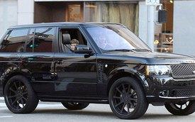 David Beckham lượn phố cùng con trai bằng Range Rover đen tuyền