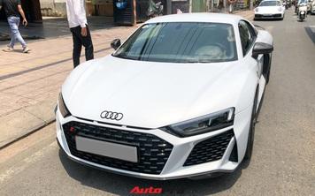 Audi R8 V10 Performance 2021 đầu tiên về Việt Nam lộ diện trên phố với một chi tiết khẳng định đã có chủ