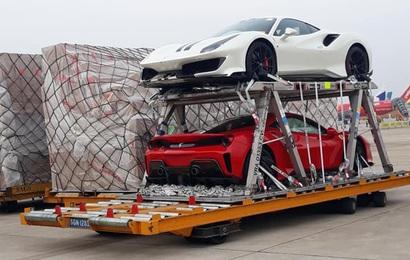 Cặp đôi Ferrari 488 Pista đầu tiên về Việt Nam, nguồn gốc vẫn bí ẩn