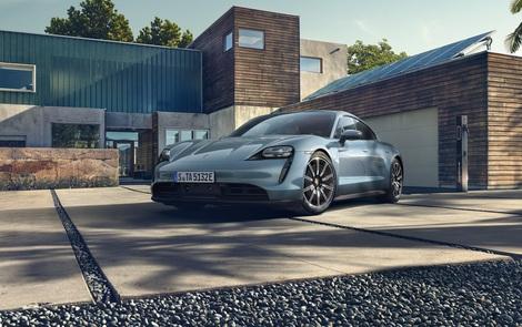 """Porsche chính thức giới thiệu bản """"giá rẻ"""" cho Taycan, vẫn mạnh hơn 911 GT3"""