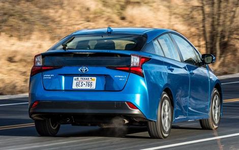 Đây là giải pháp gây tranh cãi của Toyota cho việc đạp nhầm chân phanh và ga