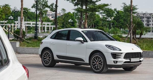 Bán Porsche Macan 3 năm tuổi, đại gia Sài Gòn vẫn đủ tiền sắm Mercedes-Benz GLC 300 Coupe 2019
