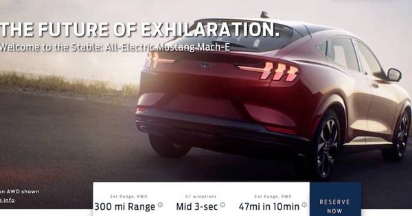 Lộ diện siêu phẩm SUV Ford Mustang độc đáo trước ngày ra mắt