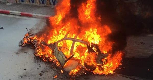 Clip: Cận cảnh xe Mercedes-Benz GLC bốc cháy dữ dội trên phố Hà Nội sau cú đâm kinh hoàng, 1 người tử vong
