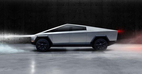 """Tesla """"bẽ mặt"""" vì thực hiện màn kéo co giữa Cybertruck và Ford F-150"""