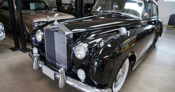 Ngày càng nhiều Rolls-Royce và Bentley cổ được chào bán về Việt Nam với giá hàng chục tỷ đồng