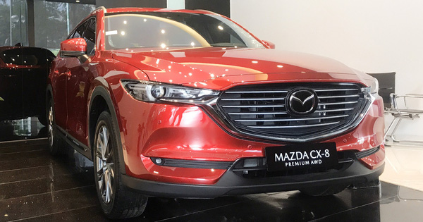 Mazda CX-8 giảm giá kỷ lục 100 triệu đồng, phiên bản giá rẻ lên lịch bán ra, gần ngang CX-5