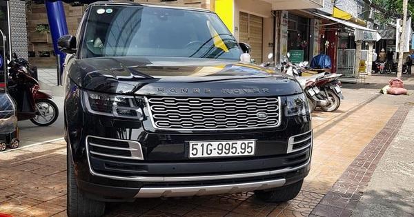 Range Rover SVAutobiography 2019 chính hãng duy nhất tại Việt Nam ra biển số gây chú ý với chi phí gần 25 tỷ đồng