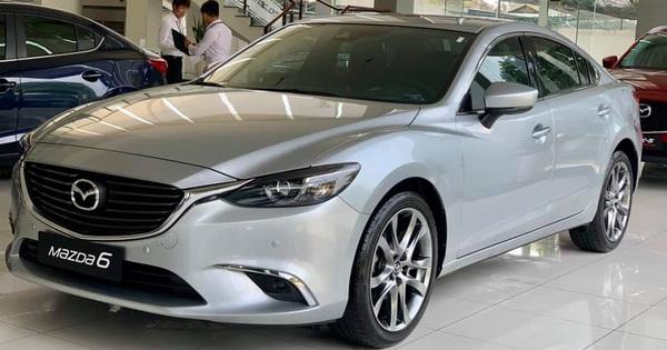 """Mazda6 """"hàng tồn kho"""" giảm giá gần 100 triệu đồng tại đại lý – món hời cuối năm cho khách Việt"""