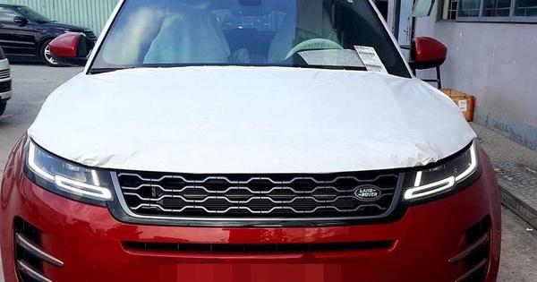 Range Rover Evoque 2019 chính hãng đầu tiên cập bến Việt Nam, giá cao nhất khoảng 4 tỷ đồng