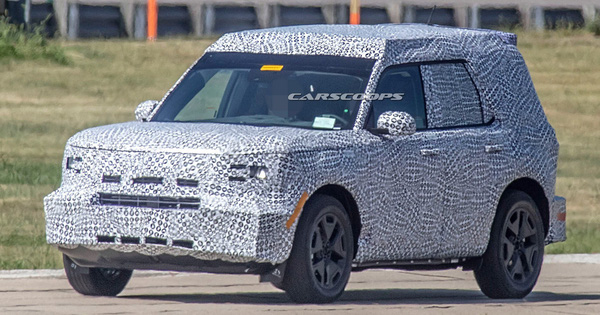 """Thêm ảnh thử nghiệm Ford Baby Bronco – """"SUV cỡ nhỏ thuần off-road"""""""