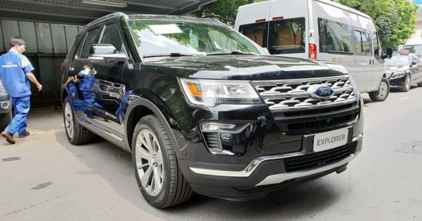 Đón đầu Hyundai Palisade, Ford Explorer giảm giá không phanh về 2,1 tỷ đồng tại đại lý trong tháng Ngâu
