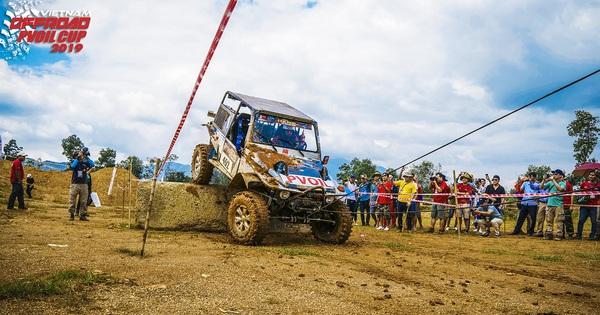 Giải đua ô tô địa hình Việt Nam 2019 sắp diễn ra với kỷ lục 80 đội tham dự có gì hấp dẫn?
