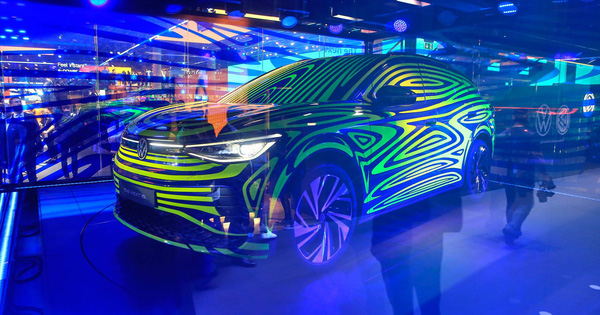 Volkswagen tiếp tục trình làng SUV điện đấu Tesla Model X, Mercedes EQC