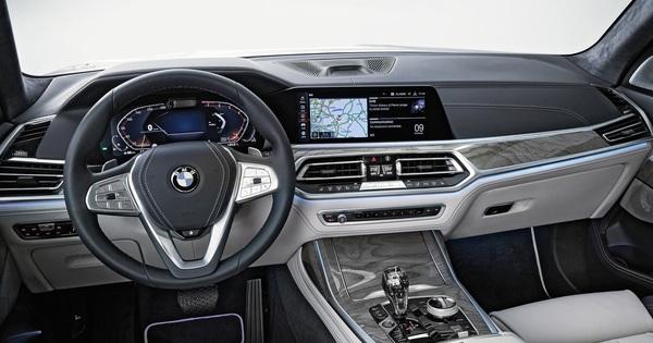 Bức ảnh này cho thấy BMW đang âm thầm phát triển mẫu SUV full-size X7 dùng động cơ V12