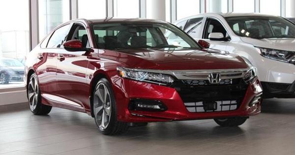Honda Accord thế hệ mới lộ diện cho khách Việt: Động cơ nhỏ nhưng mạnh và tiết kiệm xăng hơn Toyota Camry