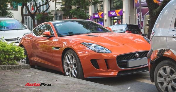 """Vừa mua lại xe 1 năm, đại gia Hà Nội đã rao bán Jaguar F-Type độc nhất Việt Nam với giá đắt ngang """"Mẹc S"""" mua mới"""