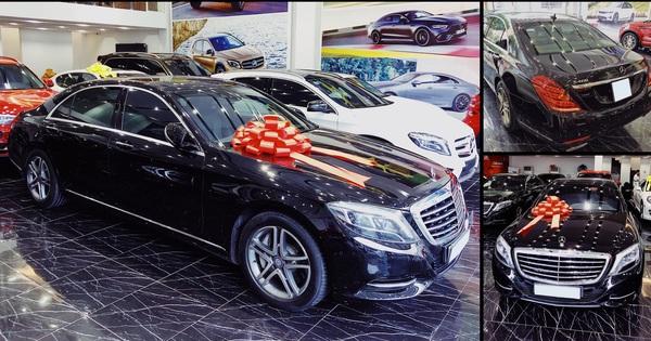 Kỷ niệm 15 năm cuộc hẹn đầu tiên, đại gia Hà Nội chi 2,4 tỷ đồng tậu Mercedes-Benz S 400 tặng vợ ngày Valentine