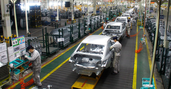 Doanh số xe tại Trung Quốc giảm gần 1/5 vì dịch COVID-19, sẽ còn ảm đạm hơn trong tương lai