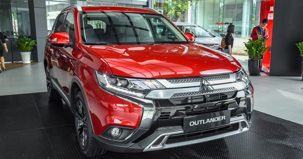 Ra mắt Mitsubishi Outlander 2020 tại Việt Nam: Thêm nhiều công nghệ, giá từ 825 triệu đồng rẻ hơn Honda CR-V và Mazda CX-5