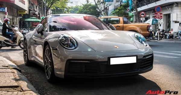"""Mua Porsche 911 giống Cường """"Đô-la"""", đại gia Sài Gòn đặt màu sơn lạ mắt để tránh """"đụng hàng"""""""