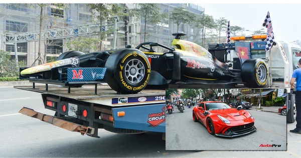 """Ferrari F12 Berlinetta """"hộ tống"""" xe đua F1 cùng dàn mô tô diễu hành vòng quanh thủ đô Hà Nội"""